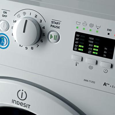 lavatrice_indesit_bwe1014x_pulsante